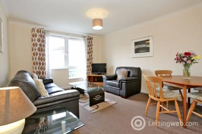 Property to rent in Rosebank Gardens, Aberdeen, AB11 6WH