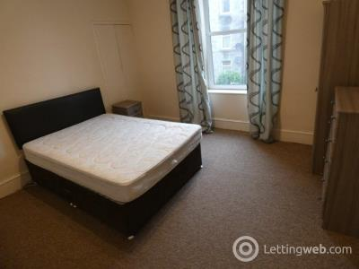 Property to rent in Summerfield Terrace, Aberdeen, AB24 5JH