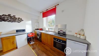 Property to rent in Chestnut Row, Aberdeen, AB25 3SE