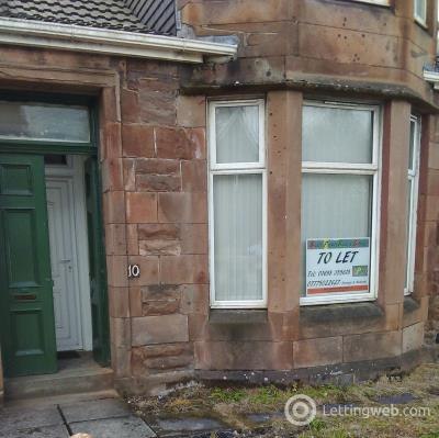 Property to rent in 10 Main Street, Holytown