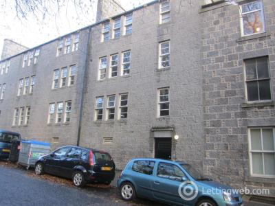 Property to rent in Flat C, 10 Spital, Aberdeen, AB24 3HS