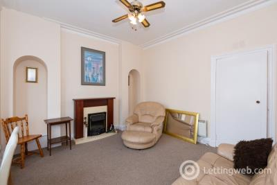 Property to rent in 230 Victoria Road