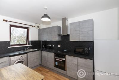 Property to rent in 35 Canal Place