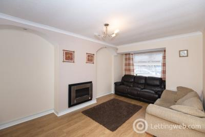 Property to rent in 12 FAULDS WYND