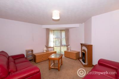 Property to rent in Livingstone Court, City Centre, Aberdeen, AB24 1SJ