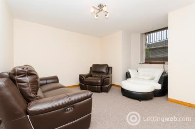 Property to rent in Caledonian Place , City Centre, Aberdeen, AB11 6TR