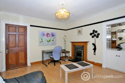 Property to rent in George Street, City Centre, Aberdeen, AB25 1HN