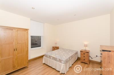 Property to rent in Charlotte Street, City Centre, Aberdeen, AB25 1LY