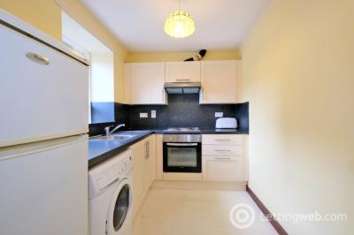 Property to rent in Castle Street, Aberdeen, AB11 5BQ