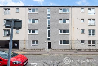 Property to rent in Fraser Road, City Centre, Aberdeen, AB25 3UH