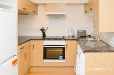 Property to rent in Queens Road , West End, Aberdeen, AB15 8BS
