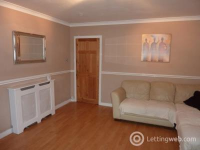 Property to rent in 27 Provost Road, Dundee