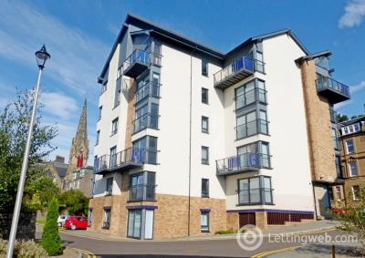 Property to rent in McVicars Lane, West End, Dundee