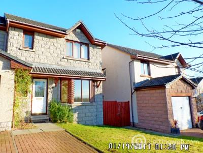 Property to rent in Mary Findlay Drive