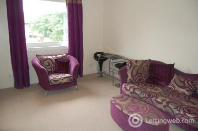 Property to rent in Pittodrie Place, Aberdeen, AB24 5QT