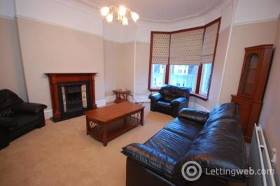 Property to rent in Osborne Place, Aberdeen, AB25 2DU