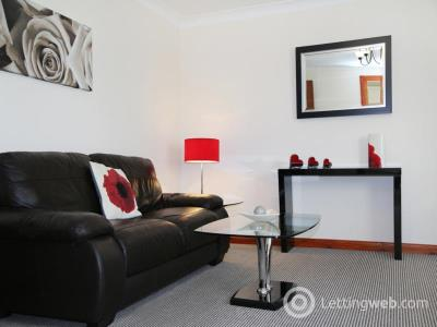 Property to rent in Claremont Place, Aberdeen, AB10 6RH