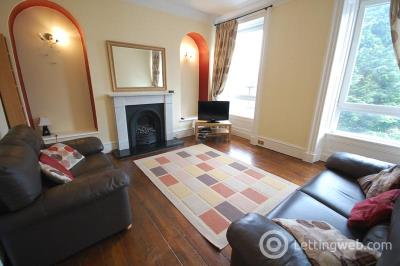 Property to rent in Chattan Place, Aberdeen, AB10 6RB