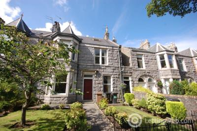 Property to rent in Devonshire Road, Aberdeen, AB10