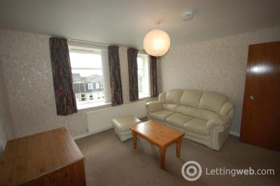 Property to rent in Linksfield Gardens, Aberdeen, AB24