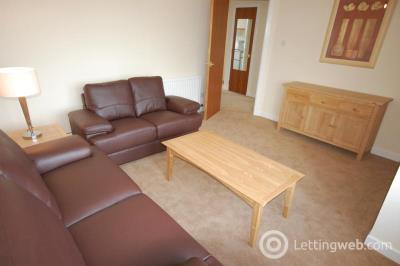 Property to rent in Rosemount Place, Aberdeen, AB25 2YG