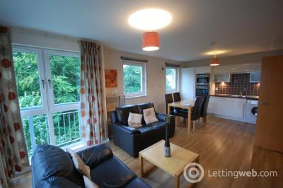 Property to rent in Rubislaw Square, Aberdeen, AB15
