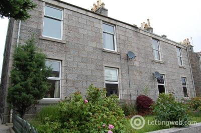 Property to rent in Irvine Place, Aberdeen, AB10 6HB
