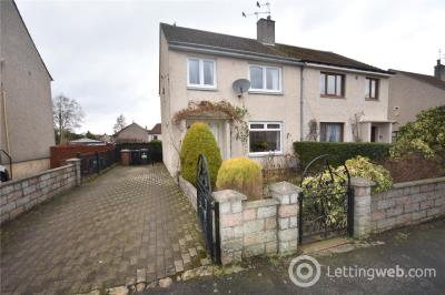 Property to rent in Hutton Place, Aberdeen, AB16
