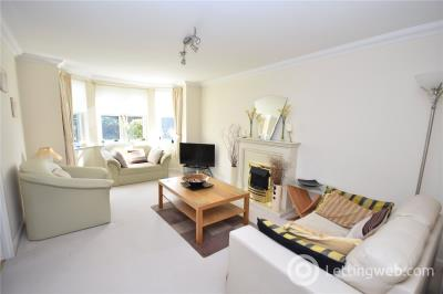 Property to rent in Fairfield Way, Aberdeen, AB11