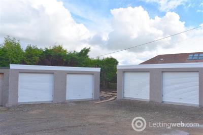 Property to rent in Alexander Avenue, Eaglesham