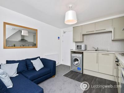 Property to rent in Ashvale Place, Aberdeen