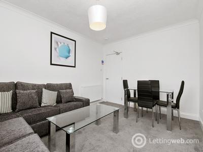 Property to rent in Graham Place, Dundee