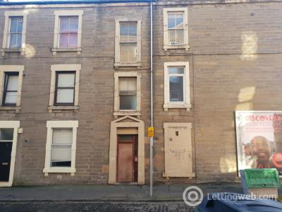 Property to rent in Graham Place, Baxter Park, Dundee, DD4 6EH