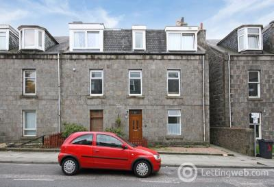 Property to rent in Lamond Place, City Centre, Aberdeen, AB25 3UT
