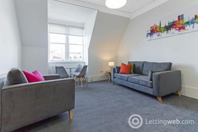 Property to rent in Whitehall Street, City Centre, Dundee, DD1 4AF