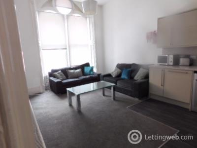 Property to rent in Nethergate, West End, Dundee, DD1 4ED
