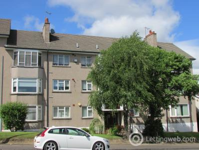 Property to rent in Orchard Court, Giffnock