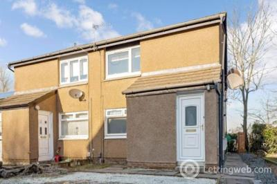 Property to rent in Langlea Avenue