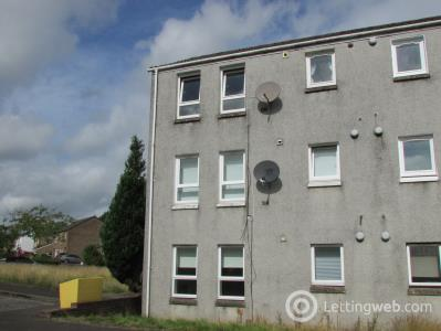 Property to rent in Douglas Drive