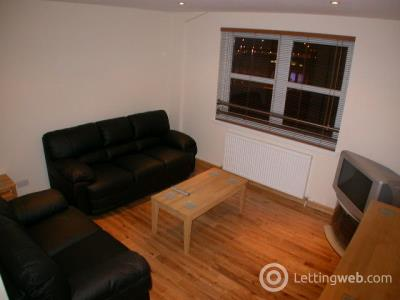 Property to rent in Farraline Court, Strothers Lane, City Centre, Inverness, IV1 1PN