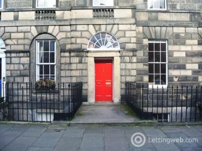 Property to rent in London Street