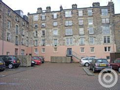 Property to rent in Hermand Crescent