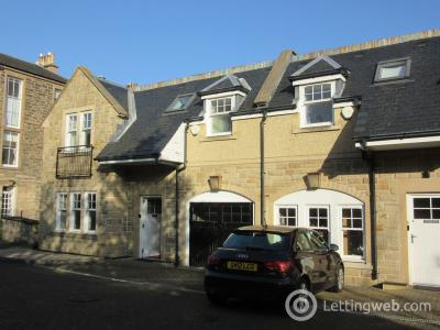 Property to rent in Church Hill