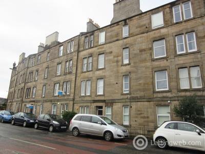 Property to rent in Roseburn Street