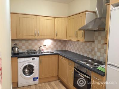 Property to rent in Marchmont Crescent