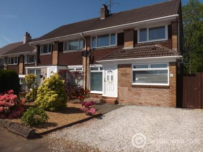 Property to rent in Rosefield Gardens, Uddingston