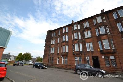 Property to rent in Anderson Drive, Renfrew