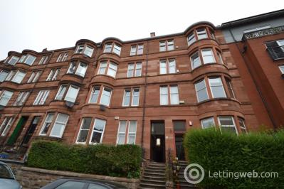Property to rent in Trefoil Avenue, Shawlands