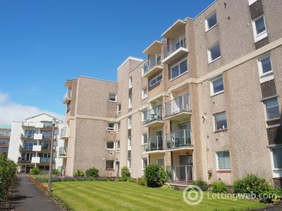 Property to rent in Castlebay Court , Largs, North Ayrshire, KA30 8DP
