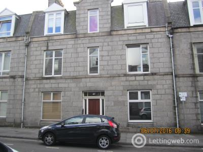 Property to rent in 27 Wallfield Palce Aberdeen AB25